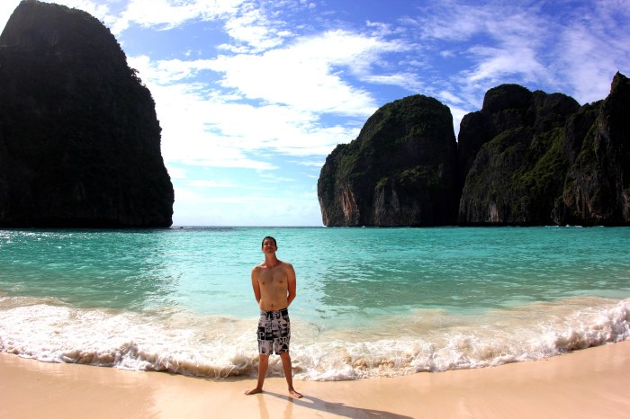 Maya Bay, Ko Phi Phi Le, Thailand. The Beach from Danny Boyle's 'The Beach'.